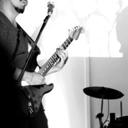 """ruboc en vivo con banda """"Cassandra""""(foto)"""